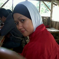 Photo taken at Sate maranggi Parapatan Cianting by iman s. on 1/21/2012