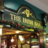 Снимок сделан в The Irish Bar пользователем Tamara S. 11/26/2011