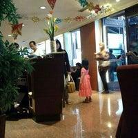 Photo taken at Executive Lounge Soekarno-Hatta International Airport by mantugaul on 1/4/2012