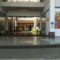 Photo taken at Recreio Shopping by Margareth M. on 4/5/2012