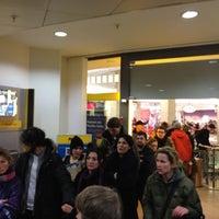 Das Foto wurde bei Postbank Finanzcenter von Peter G. |. am 12/19/2011 aufgenommen