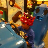 Photo taken at Chuck E. Cheese's by Frances C. on 2/22/2012