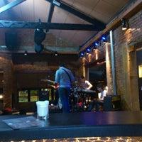 Foto tirada no(a) Buxixo Rock Bar por Jhemis D. em 9/23/2011