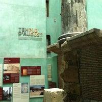 Foto tomada en Templo de Augusto por Luis María L. el 4/4/2012
