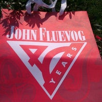 Das Foto wurde bei John Fluevog Shoes von iDakota am 9/14/2011 aufgenommen
