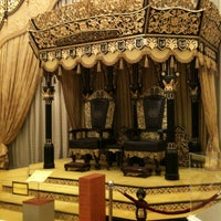 Photo taken at Muzium DiRaja (Royal Museum) by Lim K. on 7/14/2012