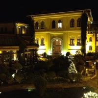 Photo taken at Four Seasons Hotel Istanbul at Sultanahmet by gradeux on 2/12/2012