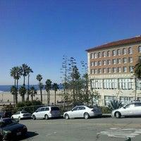 Foto tirada no(a) Casa Del Mar Hotel por Jaimie S. em 12/26/2011