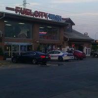 Das Foto wurde bei Fuel City von Roy H. am 8/23/2012 aufgenommen