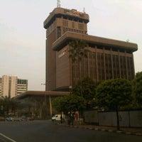 Photo taken at DST Lt 9 Bank Syariah Mandiri by DidiTH Ad! W. on 5/13/2011