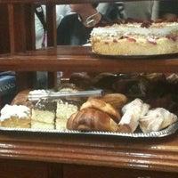 Photo taken at Café El Popular by itaz S. on 6/26/2012