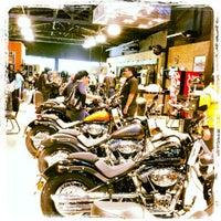 Foto tirada no(a) Autostar (Harley Davidson) por Gino C. em 8/11/2012