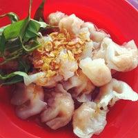 Photo taken at Sup Cua Truong Tran Van On by Ngoc T. on 3/27/2012