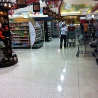 Photo taken at Auto Mercado by Alvaro V. on 8/7/2011