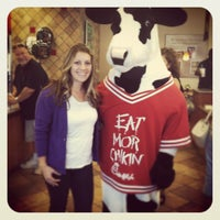 Photo taken at Chick-fil-A by Tina S. on 10/21/2011