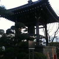 Foto scattata a Gotokuji Temple da skoba84 il 2/13/2011