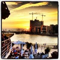 Das Foto wurde bei COAST by east von Bjoern O. am 9/4/2012 aufgenommen