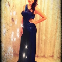 Foto tirada no(a) Nishi Royale - Vestidos para Festas e Noivas por Ana T. em 11/30/2011
