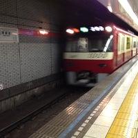 8/1/2012 tarihinde Masayuki I.ziyaretçi tarafından Asakusa Line Higashi-ginza Station (A11)'de çekilen fotoğraf