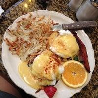 รูปภาพถ่ายที่ Richard Walker's Pancake House San Diego โดย Monica A. เมื่อ 8/22/2012