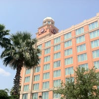 Photo taken at Renaissance Tampa International Plaza Hotel by Frank S. on 9/16/2011