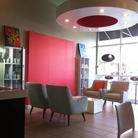 Foto tomada en Chill Bubble Tea por Coby C. el 10/26/2011