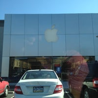 Photo taken at Apple Lehigh Valley by Chad F. on 2/28/2012