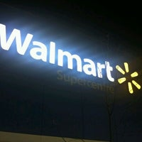 Photo taken at Walmart Supercentre by Arthur H. on 11/22/2011