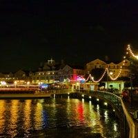 Снимок сделан в Disney's BoardWalk пользователем Chris R. 6/26/2012