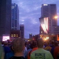 Photo taken at Nationwide Children's Hospital Columbus Marathon & 1/2 Marathon by Mike C. on 10/16/2011