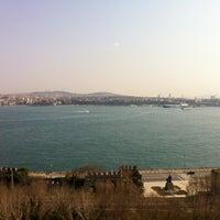 3/9/2012 tarihinde Carrie B.ziyaretçi tarafından Richmond İstanbul'de çekilen fotoğraf