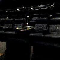 Photo prise au Cinepolis Luxury Cinemas par Ms.Mo le5/30/2012