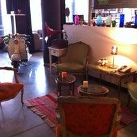 Photo prise au BE Hollywood Boutique Hotel par Ricardo S. le8/29/2012