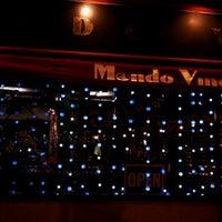 Foto scattata a Mondo Vino da Filip B. il 12/30/2011