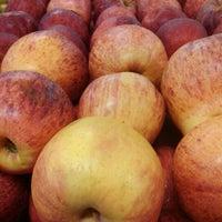 Foto tirada no(a) Tuti Fruti por Andre F. em 3/19/2012