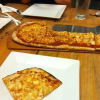 Photo taken at Pizza Fusion by Yvonne G. on 7/29/2011