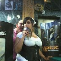 Foto diambil di Comic Stores oleh Miguel Angel D. pada 11/3/2011
