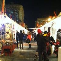 Foto tomada en Downtown Holiday Market por Catie C. el 12/11/2011