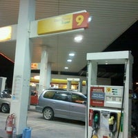 Photo taken at Shell Jalan Mersing by Yew Fei Y. on 2/1/2011