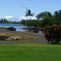 Photo taken at Haleiwa Joe's by Jolie B. on 8/23/2011