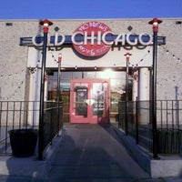 Photo taken at Old Chicago Pizza & Taproom by Eric H. on 3/22/2011