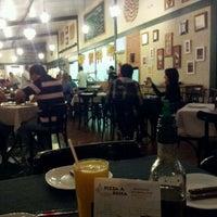Photo taken at Pizza à Bessa by Diego C. on 4/7/2012