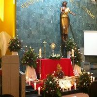 Foto tomada en Iglesia Parroquial La Medalla Milagrosa por Oscar T. el 4/6/2012