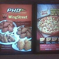 Photo taken at Pizza Hut, Bandar Baru Ampang by Mohd H. on 10/24/2011