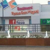 Foto tomada en CC Plaza San Miguel por Juan V. el 4/15/2012