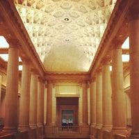 Das Foto wurde bei Asian Art Museum von Iron N. am 1/27/2012 aufgenommen