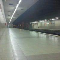 Photo taken at Estación de San Bernardo by Zerbio on 2/23/2012