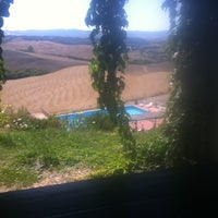 Photo taken at Agrihotel Il Palagetto by Rosario F. on 8/11/2011