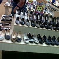 Photo taken at XES Studio, Carrefour by •• ز ﻳﻼ •• on 2/5/2012