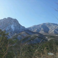 Photo taken at 미시령계곡 by CK L. on 12/16/2011